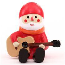 weihnachtsmann mit gitarre weihnachts figur concombre. Black Bedroom Furniture Sets. Home Design Ideas